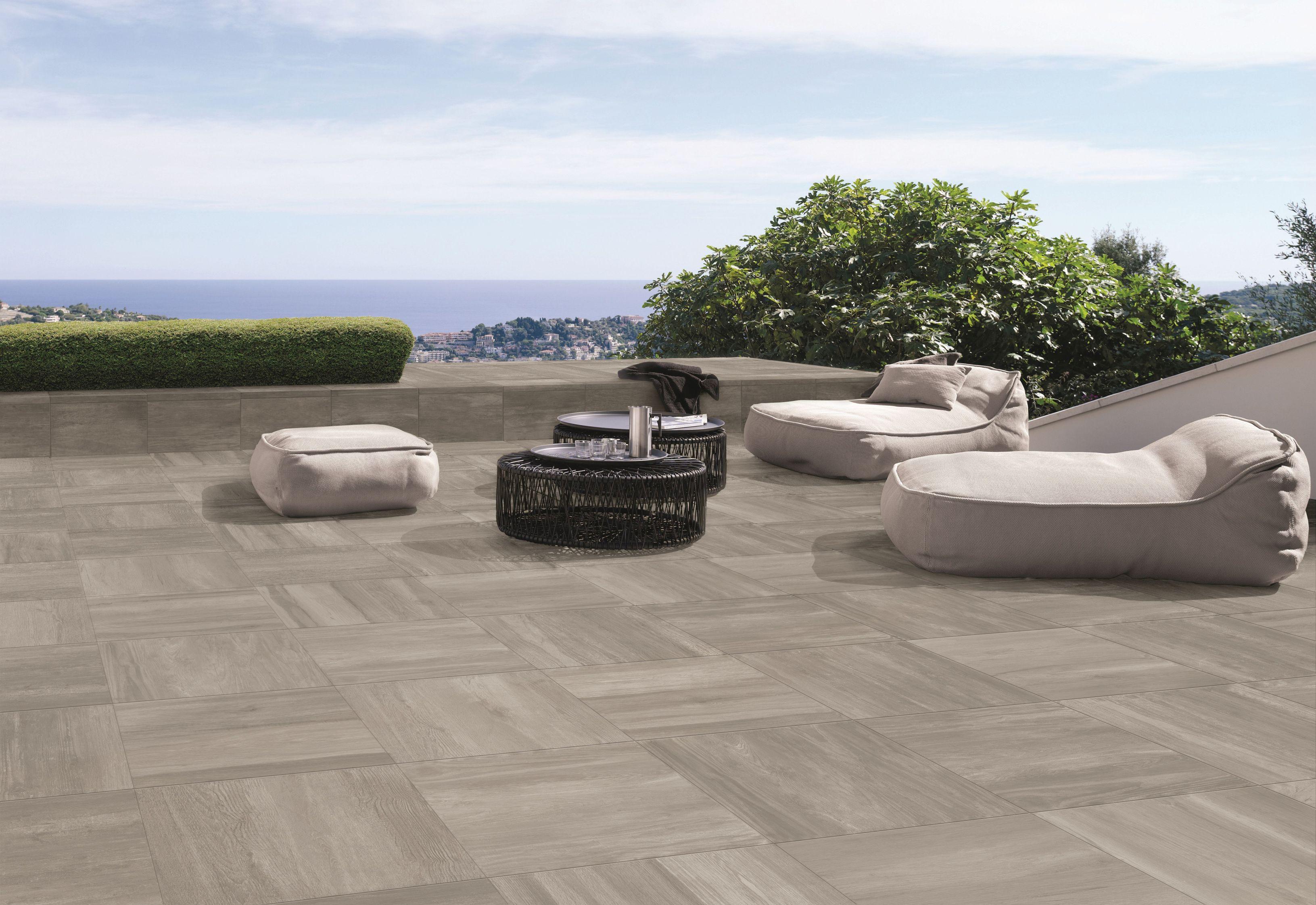 Stein als Terrassenbelag Terrazza Eastgrey